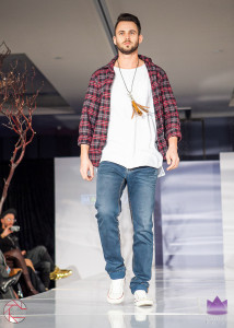 Walk the Runway 11-15-2015- Beau McGavin Images-344-4
